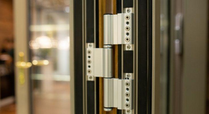 Bí quyết lựa chọn phụ kiện cửa nhôm định hình